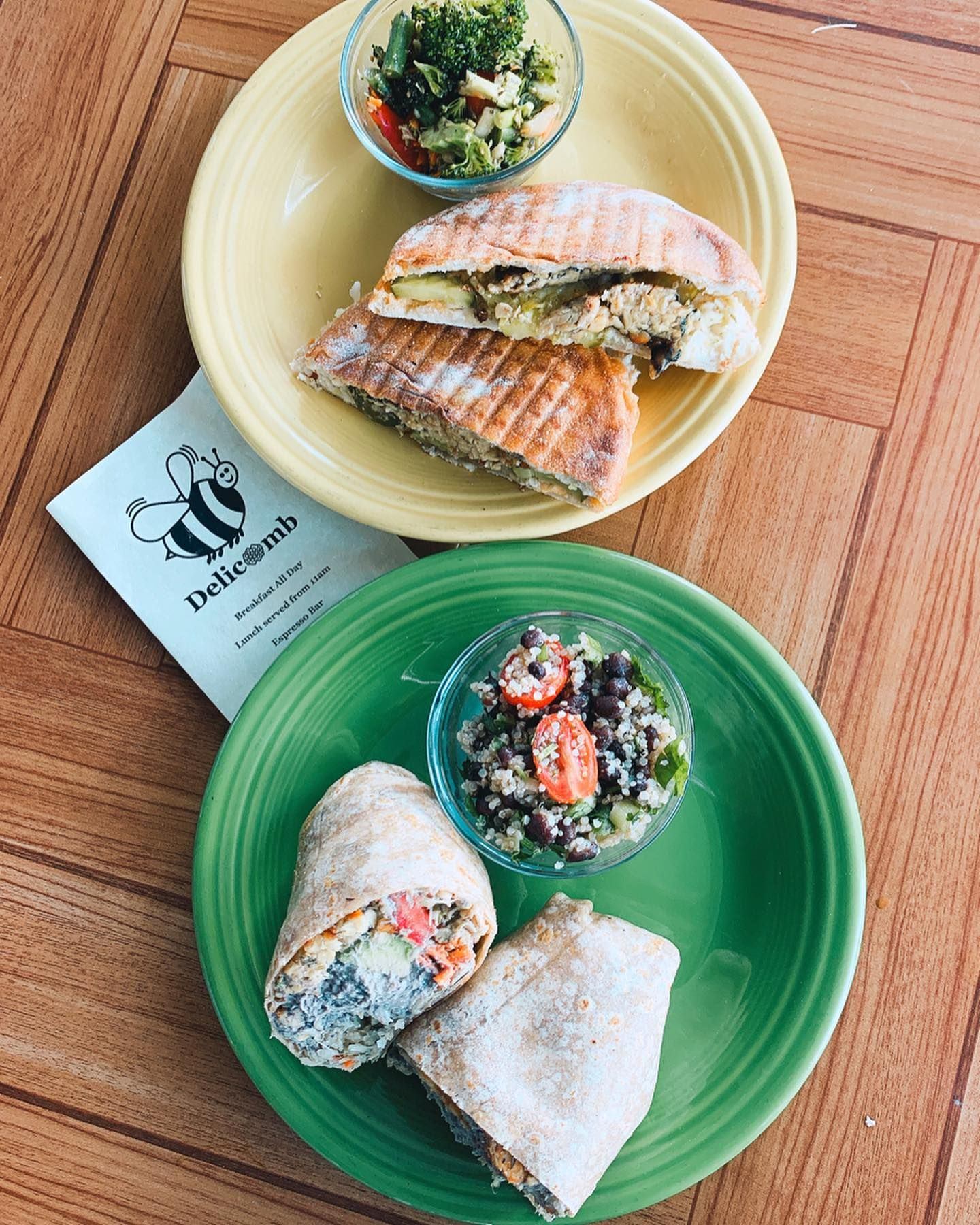 If You Re In Jaxbeach You Have To Check Out Delicomb Lots Of Vegan Options And Even Better They Make Multiple Vari In 2020 Vegan Wraps Vegan Recipes Vegan Options