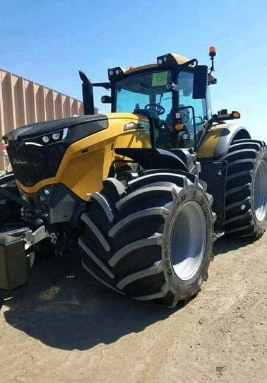 Bild Von Kleines Hpnchen Auf Traktor Fendt Traktor Traktoren Landmaschinen