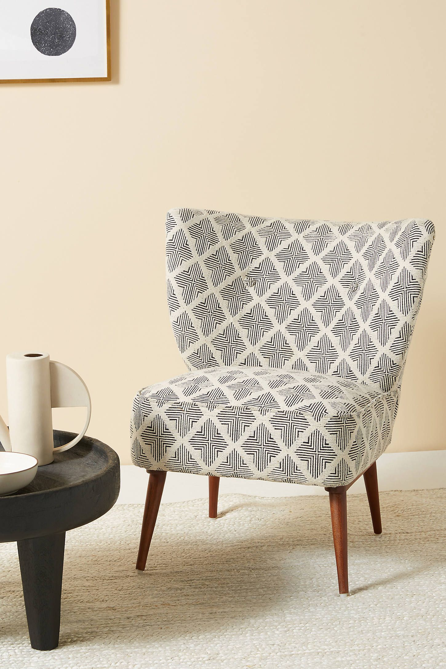 Kursi Petite Accent Chair Accent Chairs Chair Woven Dining Chairs