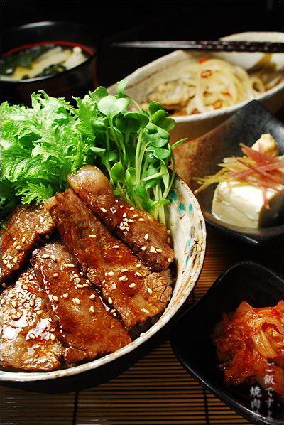わさび菜添え焼肉丼としっかり漬かった南蛮漬 焼肉丼 レシピ 料理