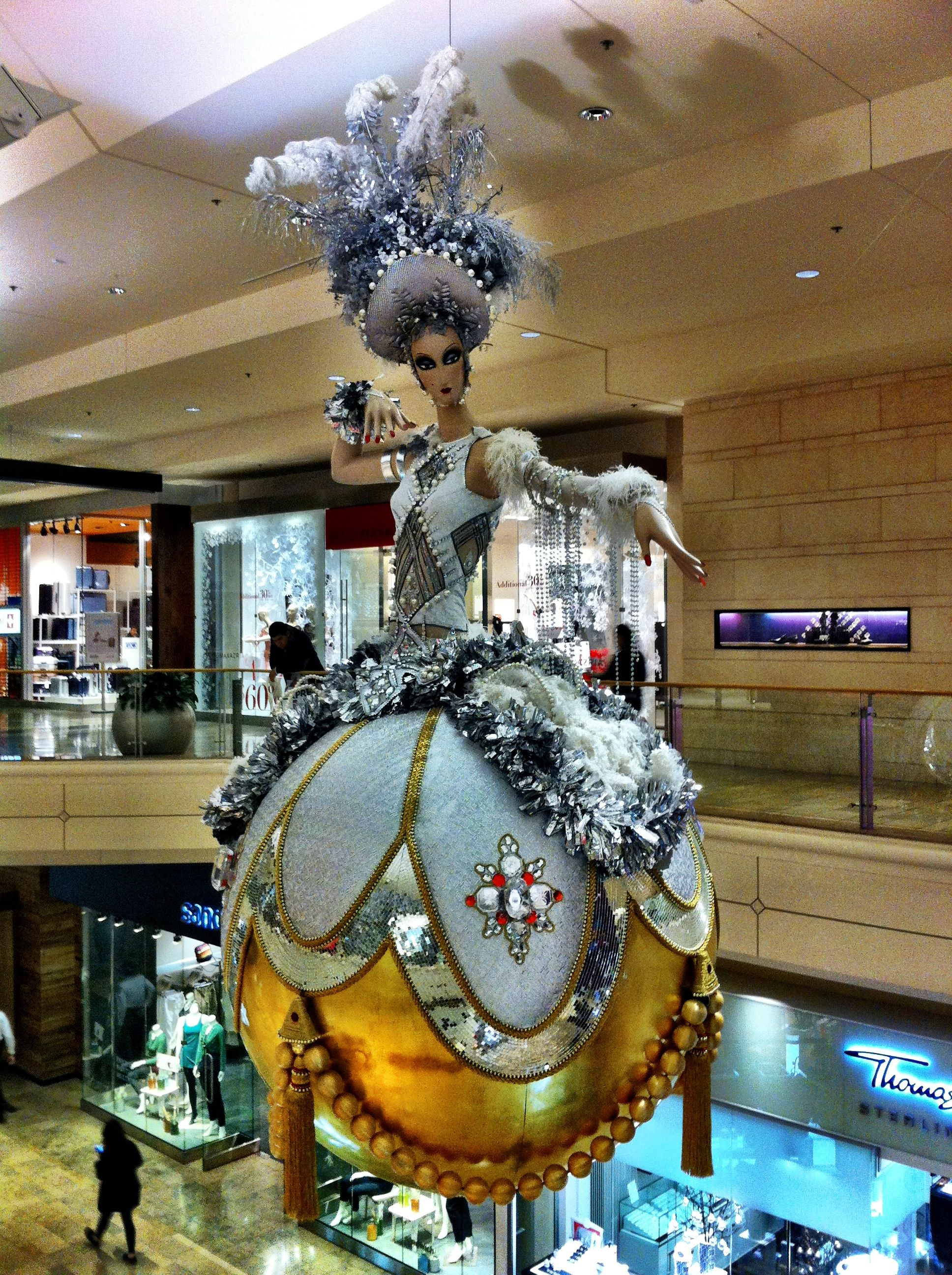Wow! Extravagant mall Christmas decoration | Display and ...