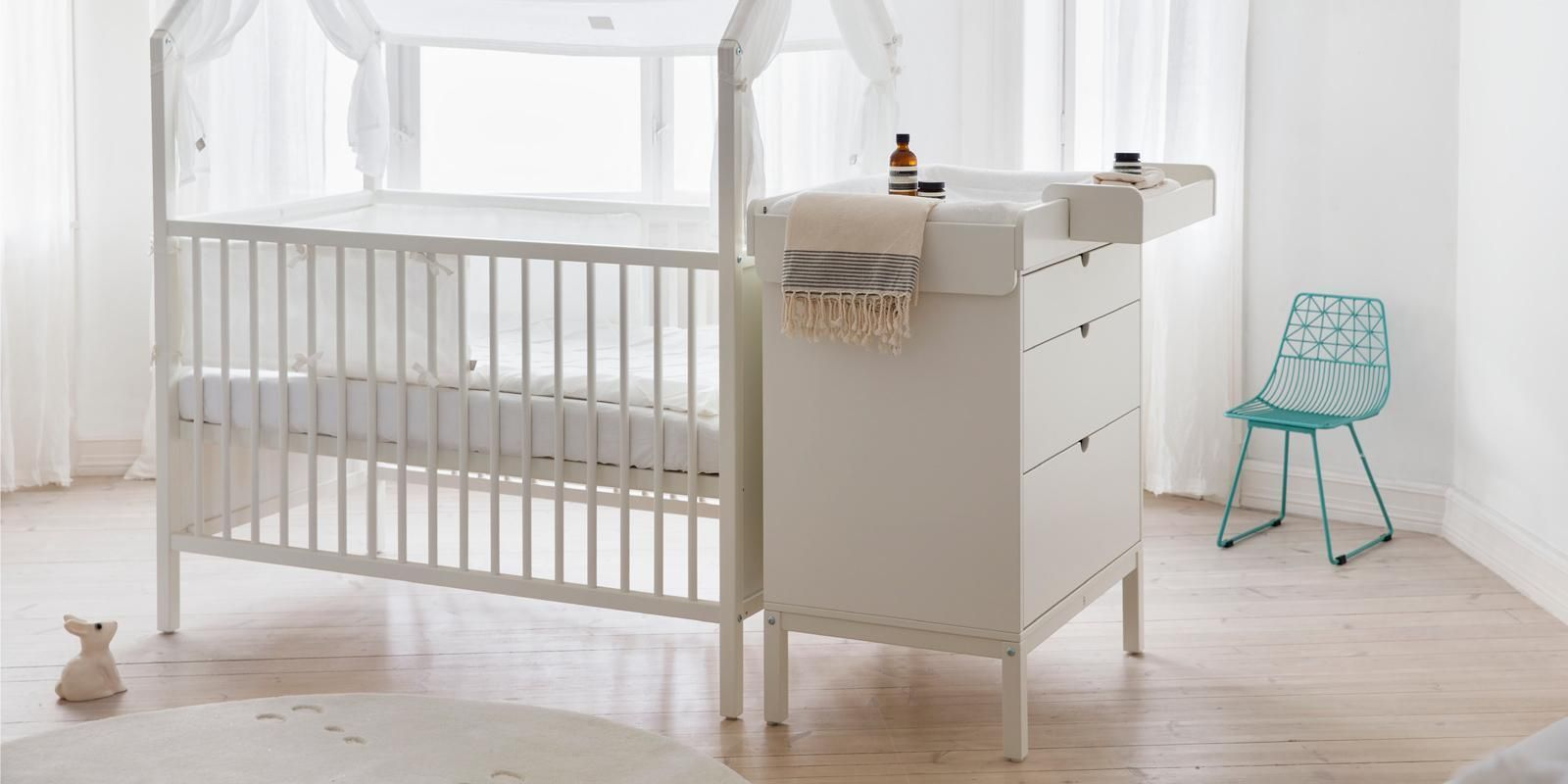 Changer White Stokke Home Changer. Attaches safely to the Stokke® Home™ dresser, bed and cradle stand. Turns into a play table with the cradle stand when the diaper days are over!Stokke Home Changer. Attaches safely to the Stokke® Home™ dresser, bed and cradle stand. Turns into a play table with the cradle stand when the diaper days are over!