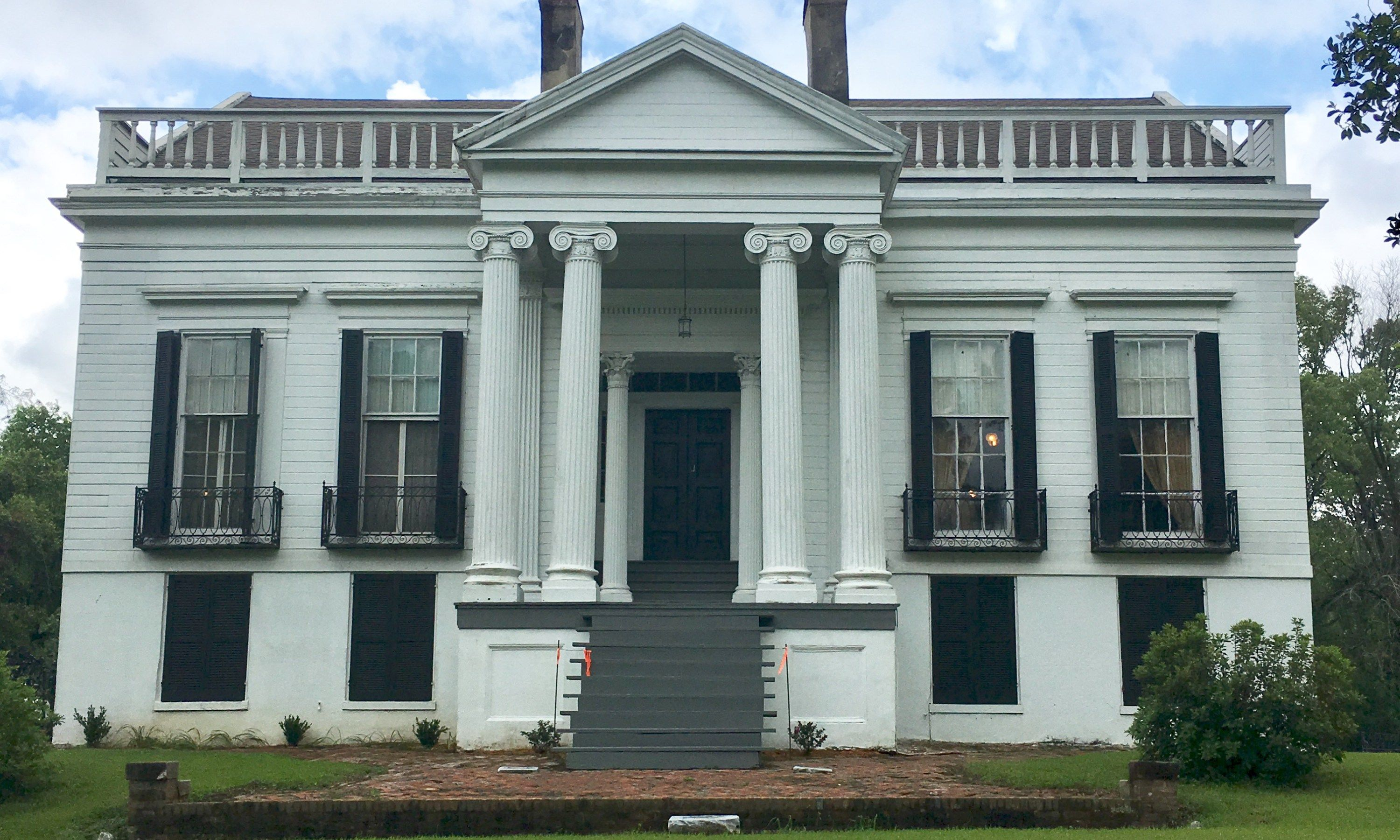 """Visiting """"Richmond"""" – Natchez, Mississippi – Old Georgia Homes on old southern plantations, old slavery plantations, old florida plantations, beaufort south carolina old plantations, old new orleans plantations, old savannah plantations, old hawaii plantations, old natchez plantations,"""