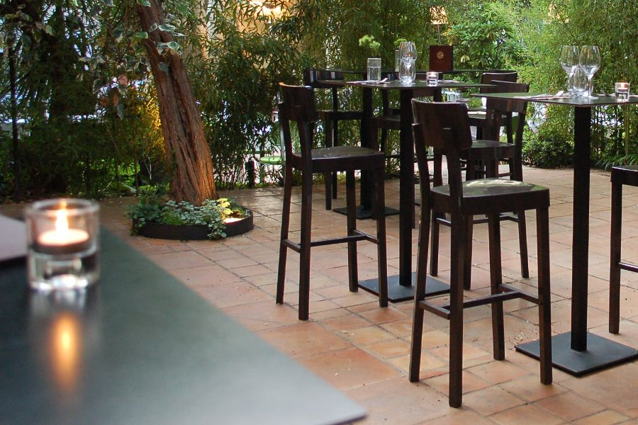 Restaurant Le Petit Jardin Montpellier | Le Restaurant - Le Bar ...