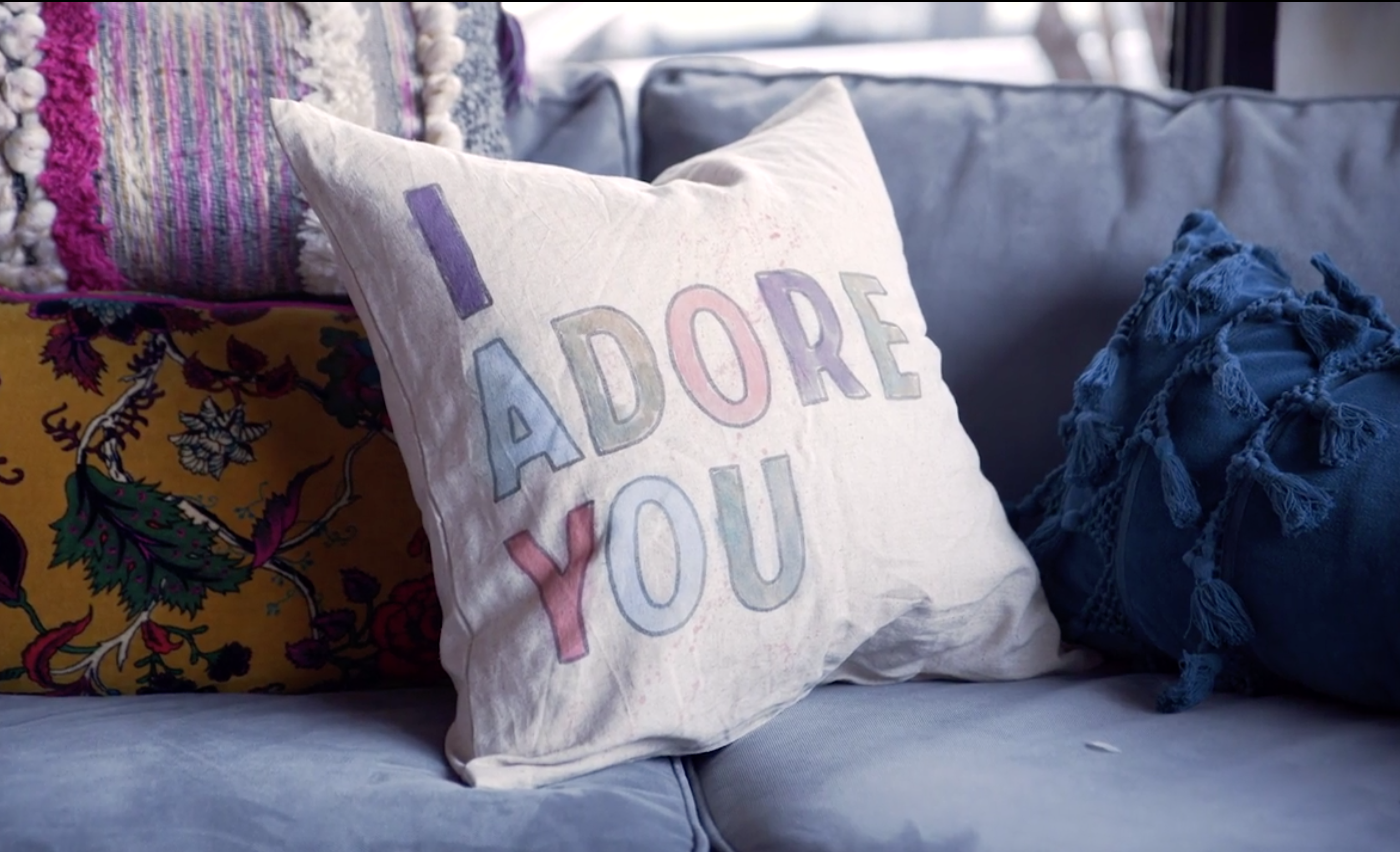 Handmade Holiday Gift Ideas: DIY Modern Boho Pillow Cover
