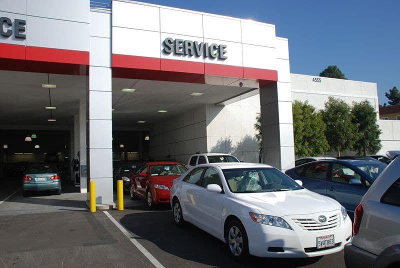 Automotive vacuum systems and flex-serve car wash