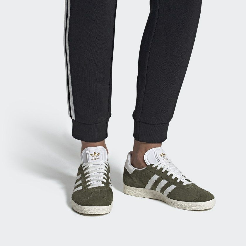 Cheap Women's Adidas Originals Gazelle Shoes In Chalk White