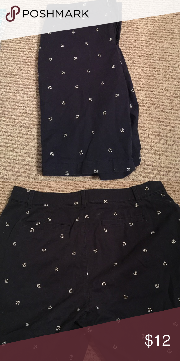Ladies Bermuda shorts Cute, navy blue Bermuda shorts with anchor pattern. Like new! These are stretch material! croft & barrow Shorts Bermudas