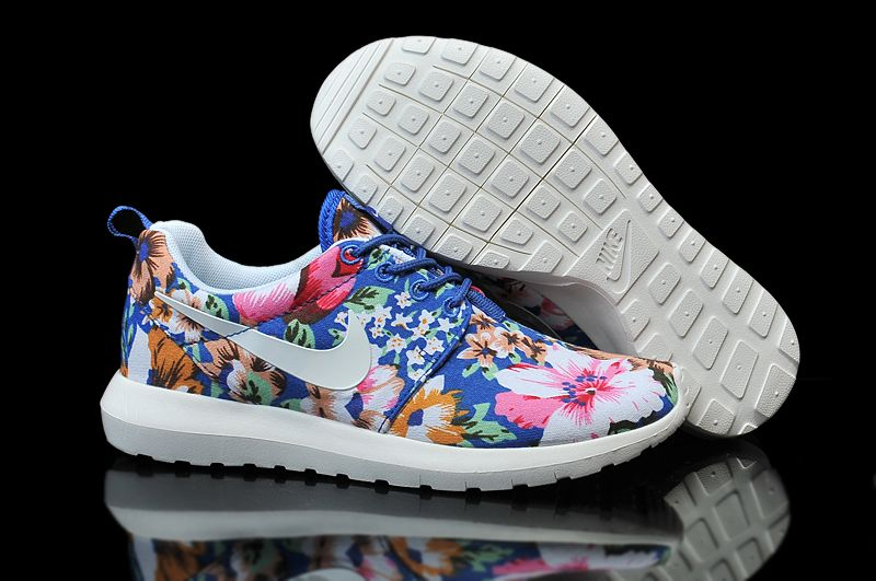 Womens Cheap Nike Roshe Run Print Shoes White Blue
