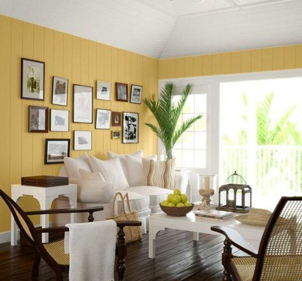 wei e m bel und gelbe w nde im wohnzimmer wohnzimmer streichen 106 inspirierende ideen. Black Bedroom Furniture Sets. Home Design Ideas