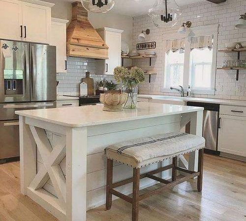 Kitchens that will surely inspire your kitchen remodel with farmhouse charm while remaining functional and efficient for the chef in your family.