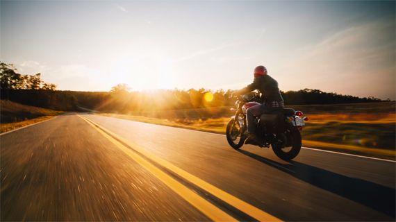 Rollerblading Photographer Takes Motorcycle Photo Shoot To A
