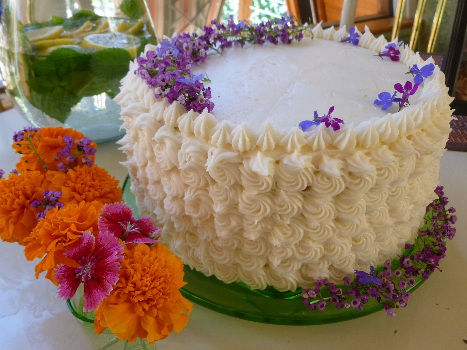 Happy Birthday Cakes With Flowers 1 Happy Birthday Cakes