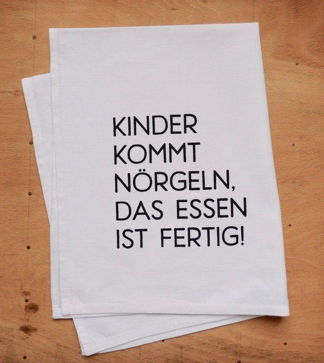 Witzige #Geschenkidee zum #Muttertag: #Geschirrtuch aus Halbleinen handbedruckt mit einem witzigen #Spruch #Kinder kommt #nörgeln, das Essen ist fertig!. Witziges #Geschenk für #Mütter und #Väter / funny #gift idea for #mother's day: dish #towel hand printed with funny statement made by Frieda-Werkstattladen via DaWanda.com #dishtowels