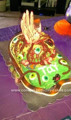 Coolest Homemade Gory Halloween Cake Halloween cakes Homemade