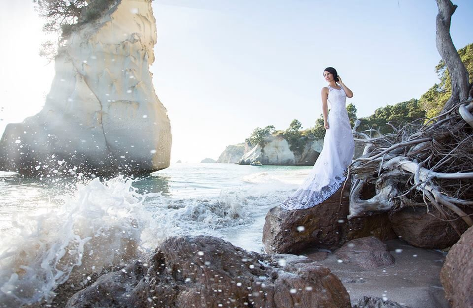 Wedding Shoot At Cathedral Cove New Zealand Where Narnia Was - This couple photograph new zealands most breathtaking locations