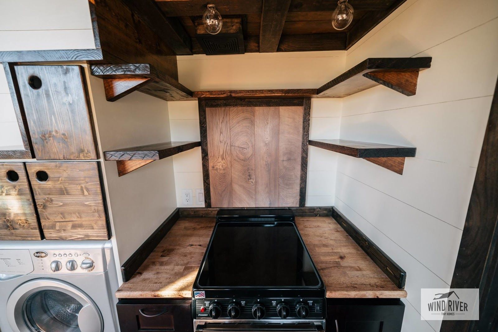 silhouette from wind river tiny homes outdoor kitchen outdoor kitchen design outdoor kitchen on outdoor kitchen on wheels id=57541