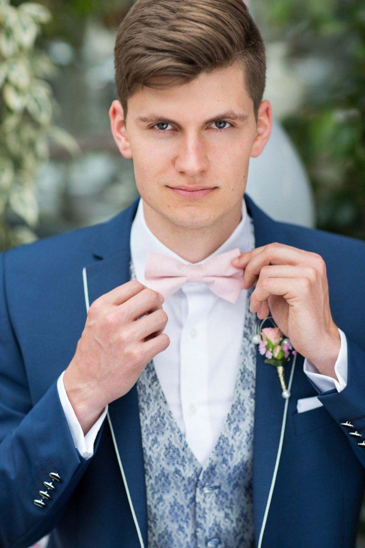Romantisches fr hlingserwachen in rosa grau groom style pinterest br utigam br utigam - Hochzeitsdeko grau rosa ...