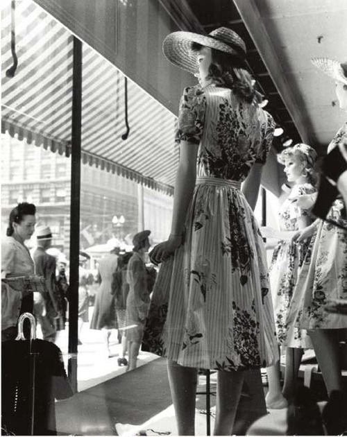 Store Window Display Mannequins 1940s Vintage Vintage Life Vintage Store