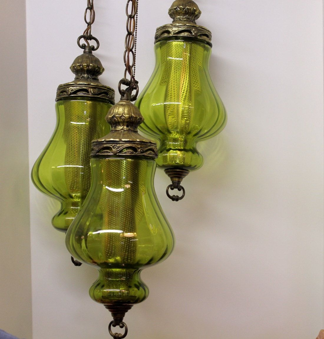 Vintage Green Glass Light Fixture: Vintage 3 Triple Globe Swag Light Lamp Moss Green. $150.00