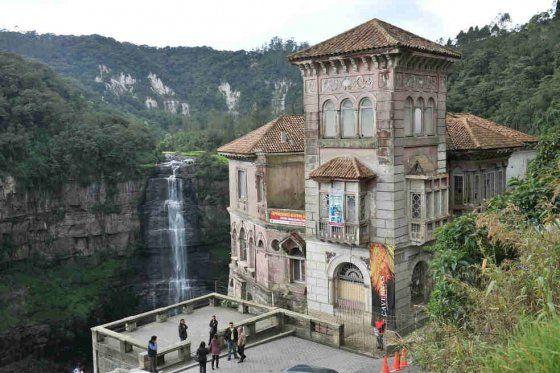 La casa del salto del tequendama ser un museo for Casa mansion bogota