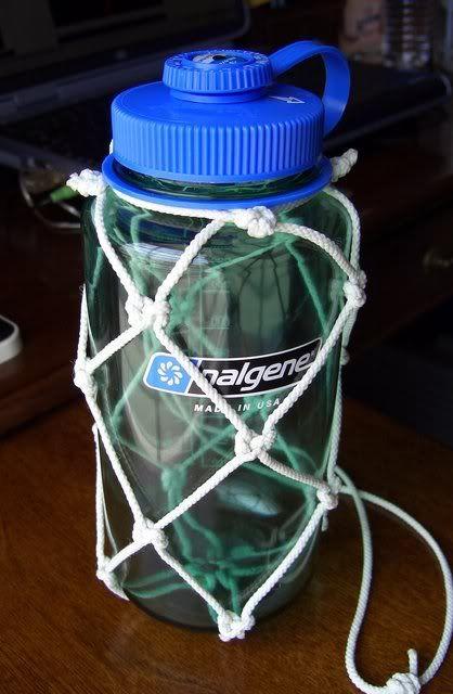 Print Post - Paracord Water Bottle Holder Tutorial ...