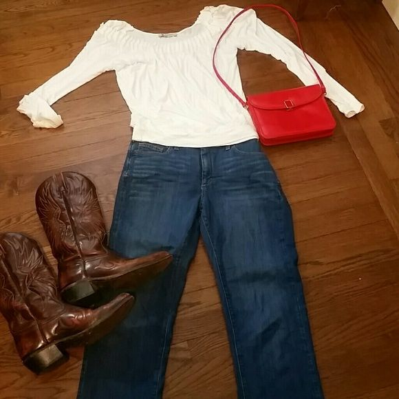SPANX JEANS SLIM-X BOOT CUT Med medium wash Spanx size 10 or 30 bootcut jeans excellent condition SPANX Jeans Boot Cut