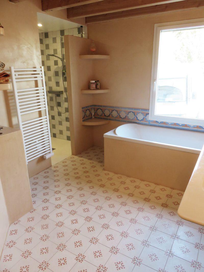 Baño de Francia con suelo hidráulico Mod. 189 en blanco ...