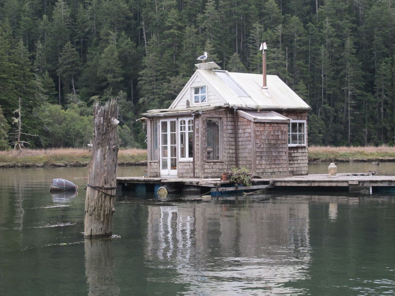 More Floating Cabins On The Albion River Floating House Cabin Cabins And Cottages
