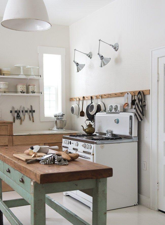 La nueva cocina rústica | Porcelana blanca, Textil hogar y Cocinas ...