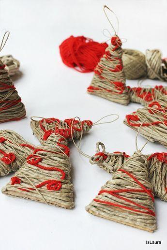 alberelli con cartone e spago e lana - Coles Christmas Decorations