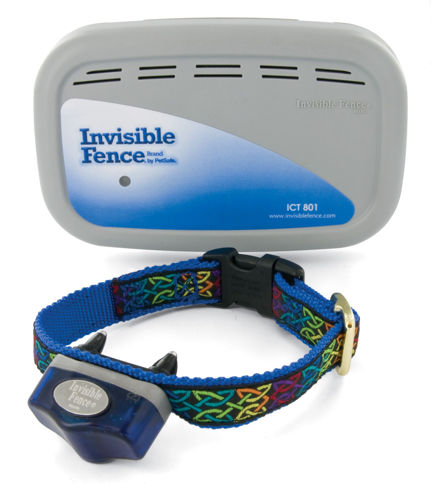 Transmitter Collar With A Receiver On It In 2020 Dog Fence Invisible Fence Wireless Dog Fence