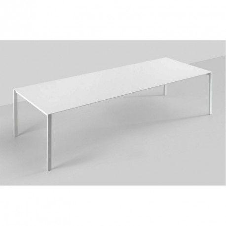 Kristalia tafels en stoelen | Gero
