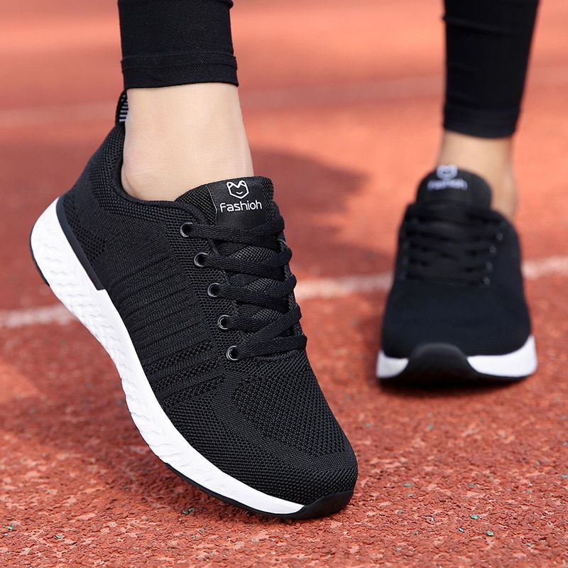 Men fashion breathable mesh running shoes outdoor sports