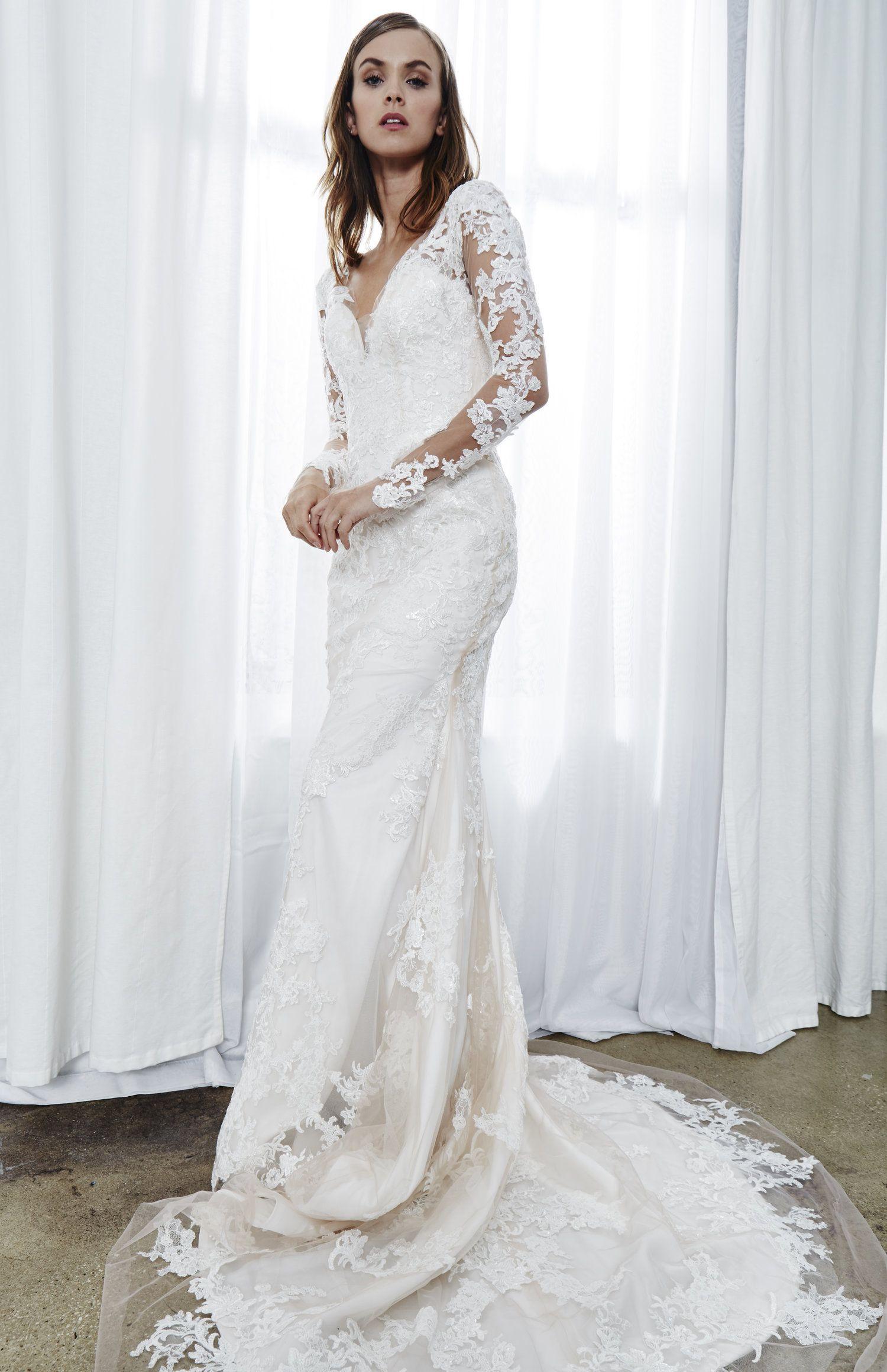 Elisa Kelly Faetanini Fitted Wedding Dress Fit And Flare Wedding Dress Wedding Dress Long Sleeve