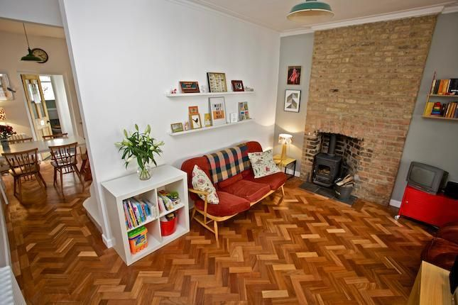 2 Bed Terraced House For Sale In Leyton London Terrace House