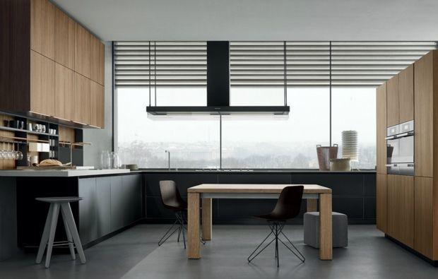 Poliform Varenna stilvolle küche helles holz schwarze fronten - küche aus holz
