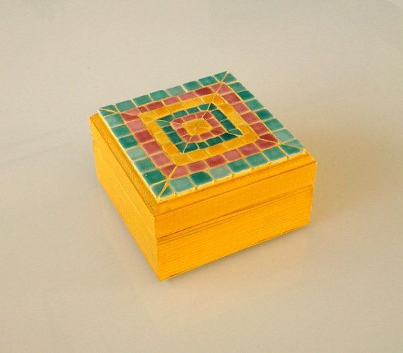 small box with mosaic decoration by Mosaicloud on Etsy, €29.00
