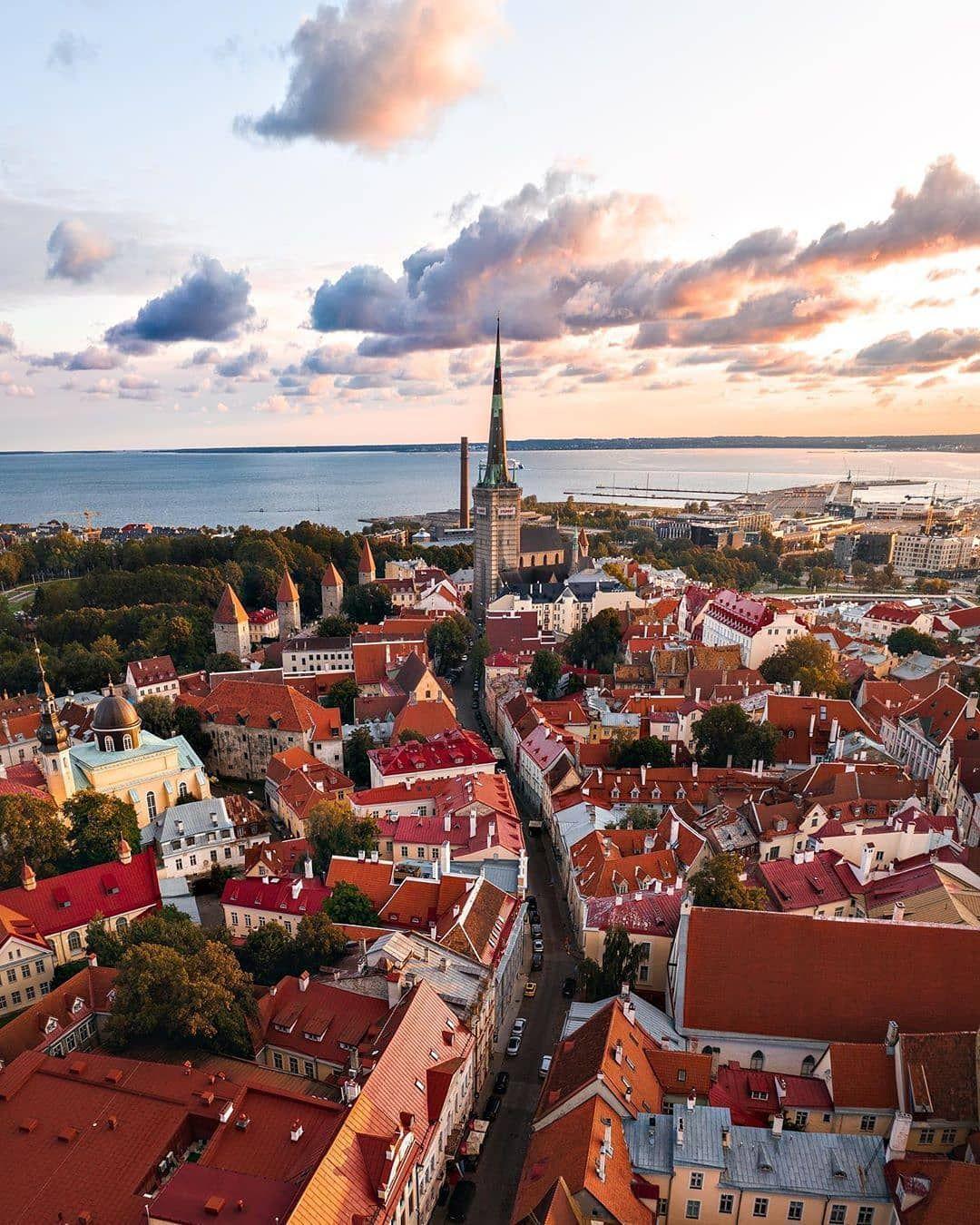 Perfect View Over Tallinn Estonia In 2020 Reiseziele Reisefotografie