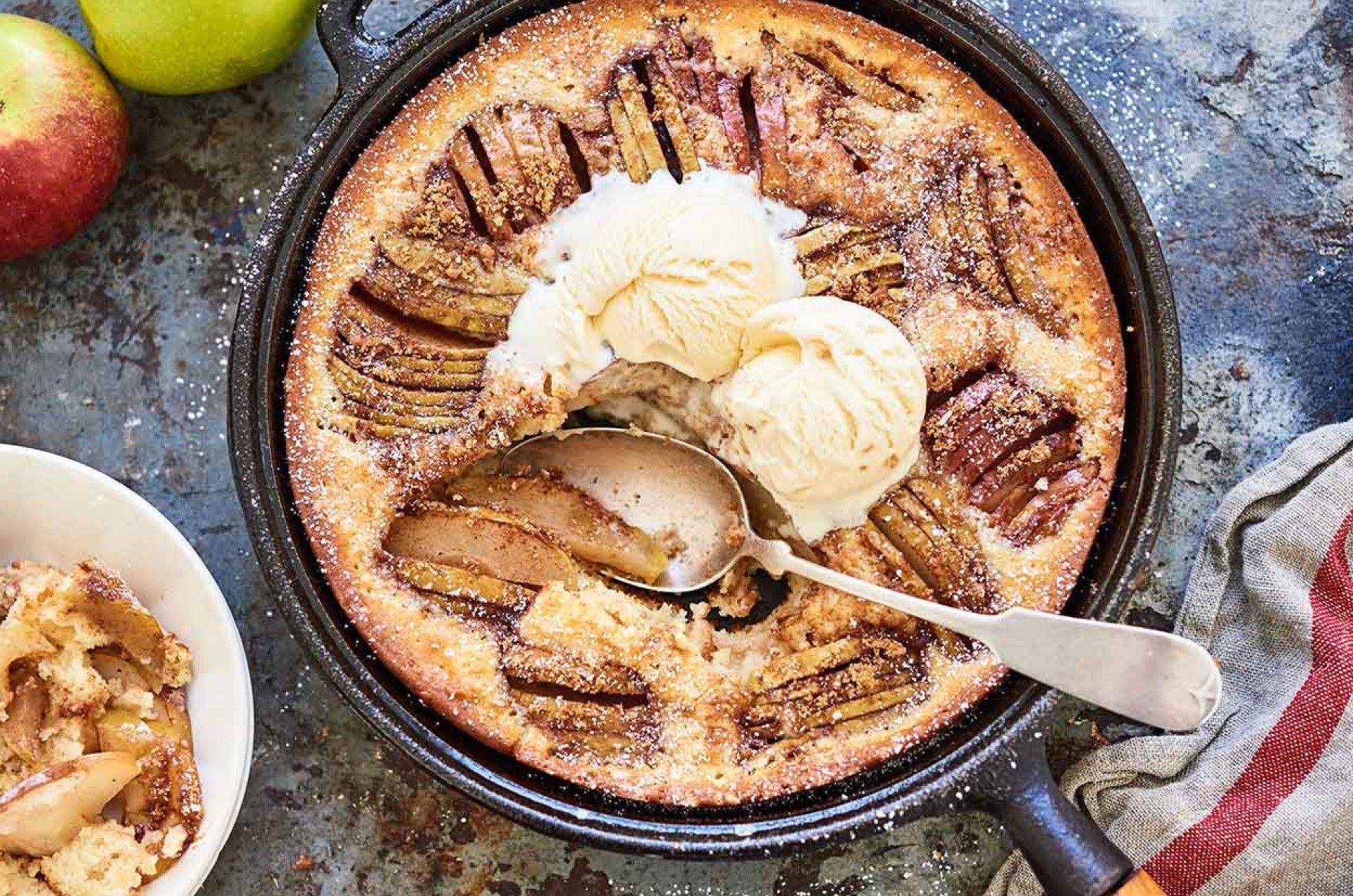 Apple skillet cake recipe skillet cake king arthur