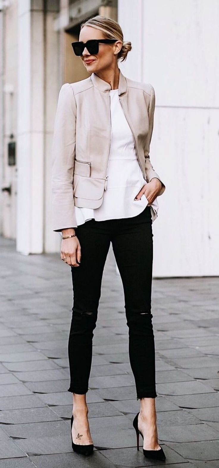 da8a67c641 36 Perfect Work Office Outfit Ideas