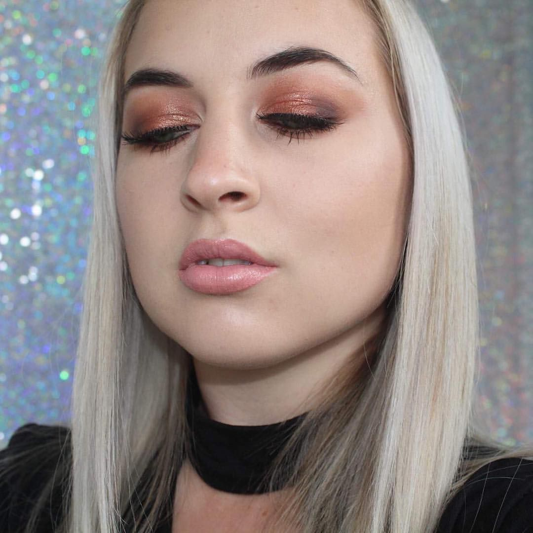 """90 Likes, 11 Comments - SAHARA RENOUF 💎 (@makeupbysahara_) on Instagram: """"I was going to edit this photo but thought why? This is me, the unsmoothed, unblended lash band,…"""""""