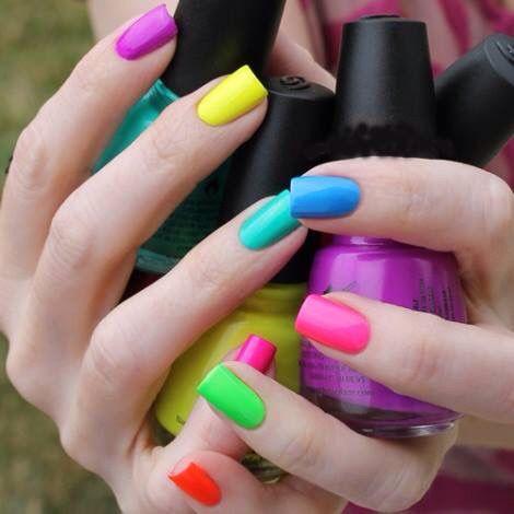 Unas De Colores