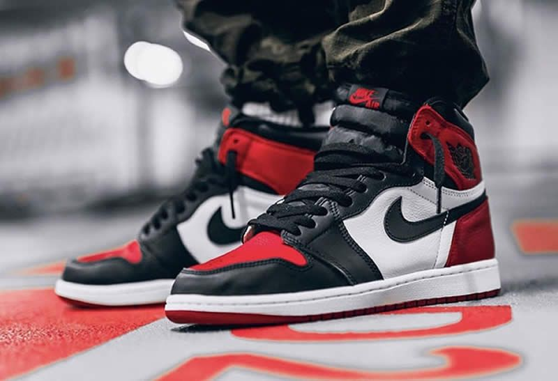 4e87cdd32c824f air jordan 1 retro high og bred toe black red white 555088-610 on feet