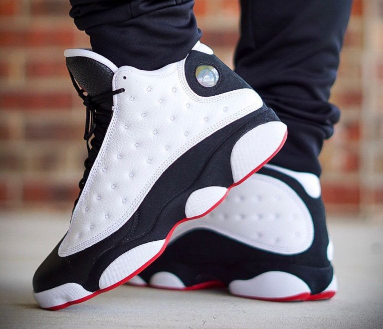 bas prix d4387 46749 air-jordan-XIII-blanche-noire-et-rouge-on-feet (3) | Shoes ...