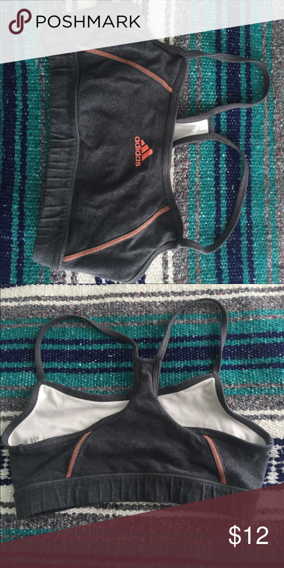 Adidas sports bra Perfect condition, doesn't fit me