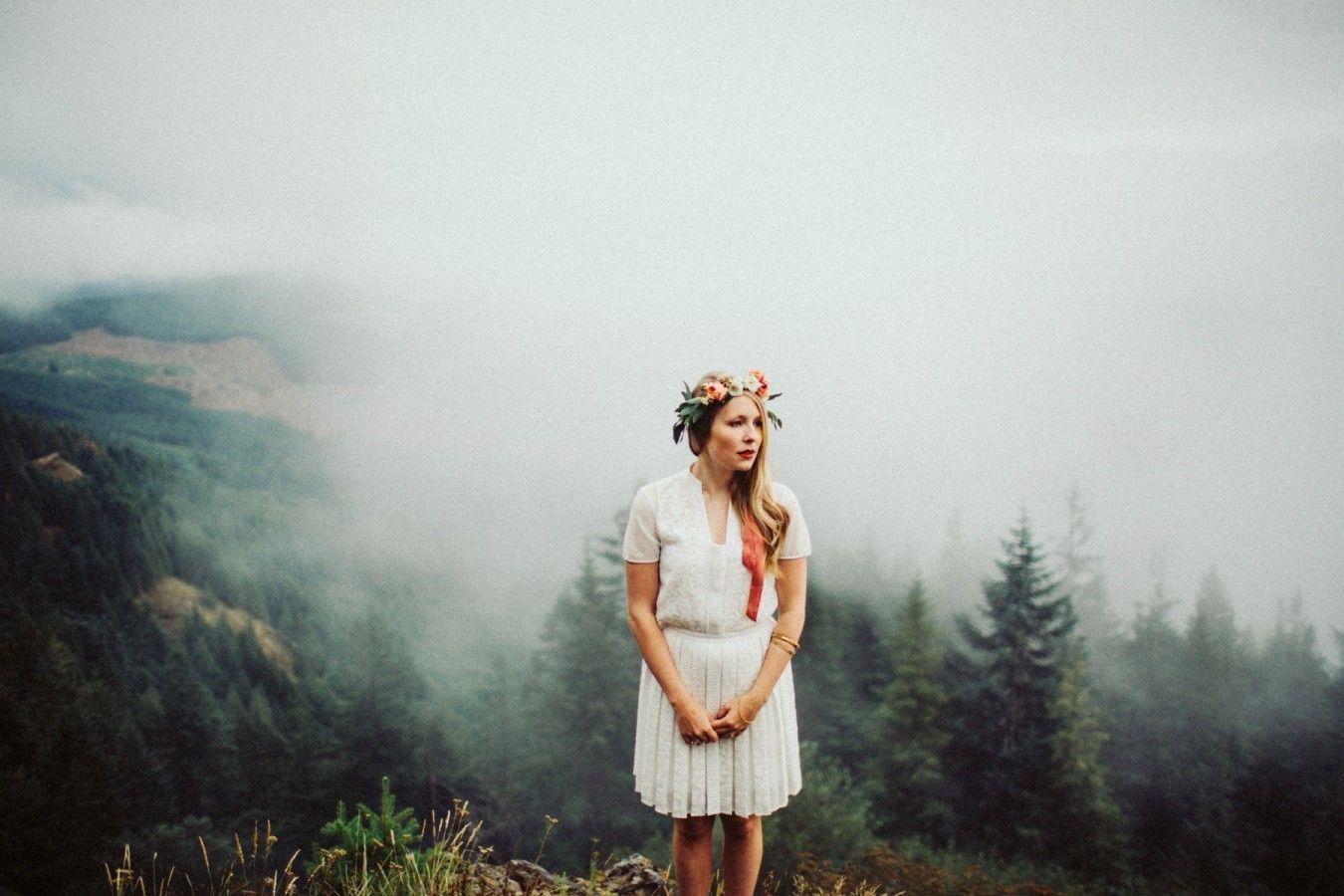 Mountain Peak Engagement - Dylan and Sara Photography