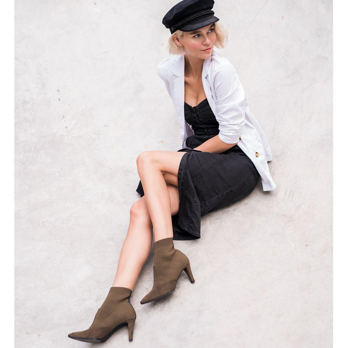 Elegant Feminin Und Cool So Prasentiert Louiblog Unsere Sock Boots Aus Der Metropolitan Kollektion Tamaris Tamarismetr Mit Bildern Schuhe Damen Modestil Damenschuhe