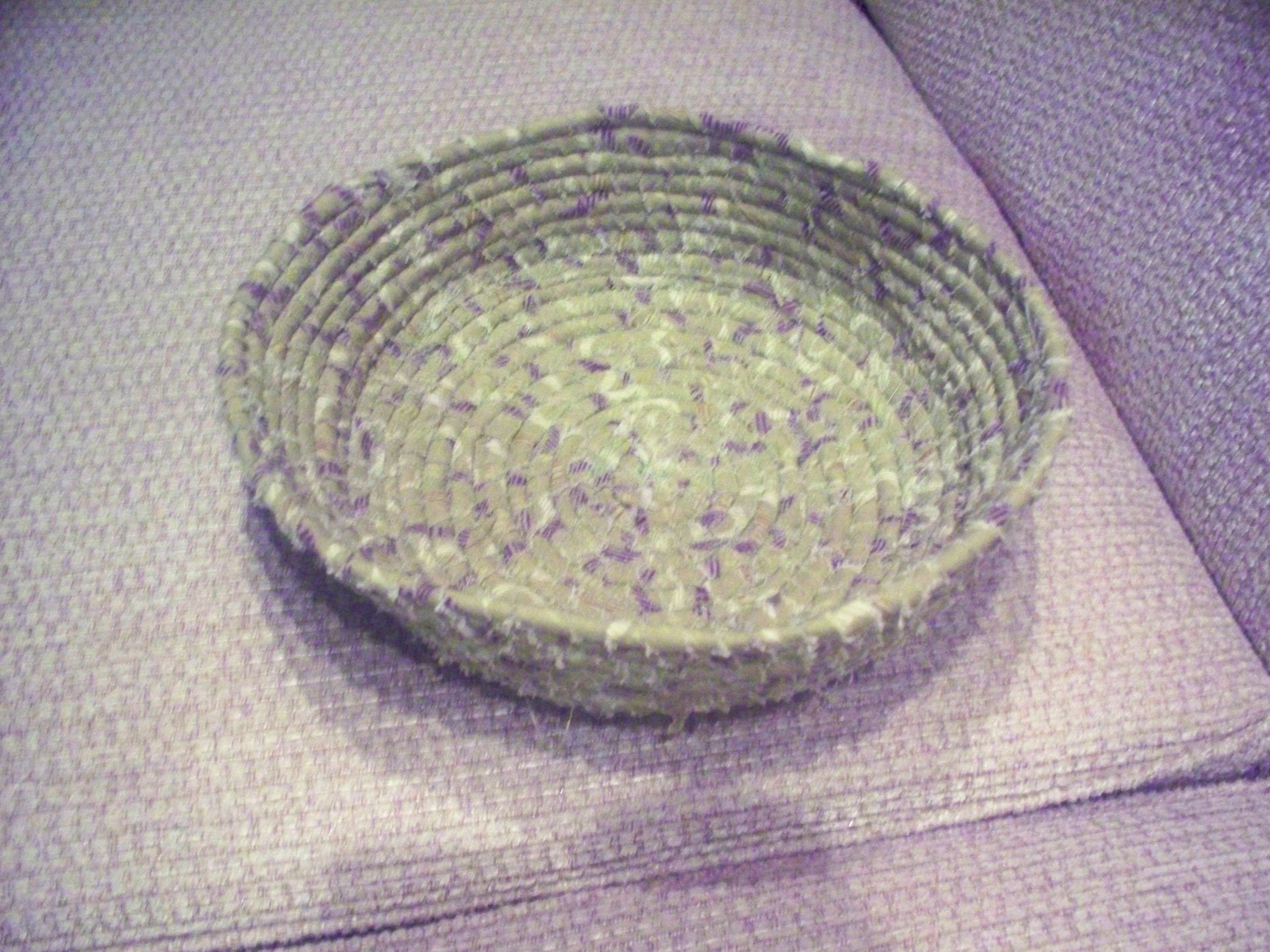 This is the basket made from the strings I showed yesterday.