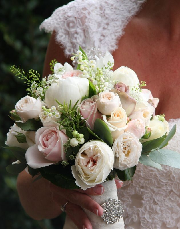 The Bridal Bouquet was so beautiful and included fresh Lily of the Valley, Snowberry, Dill, Sweet Peas, white Peonies, English Garden Roses from David Austin, Sweet Avalanche, Amnesia, Bombastic, Vendella and 4 Good Roses with fresh Rosemary, Eucalyptus and Thalaspi